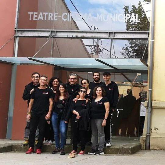 Us esperem a les 18h al teatre de #caldesdemalavella #nohihalladrequeperbenovingui